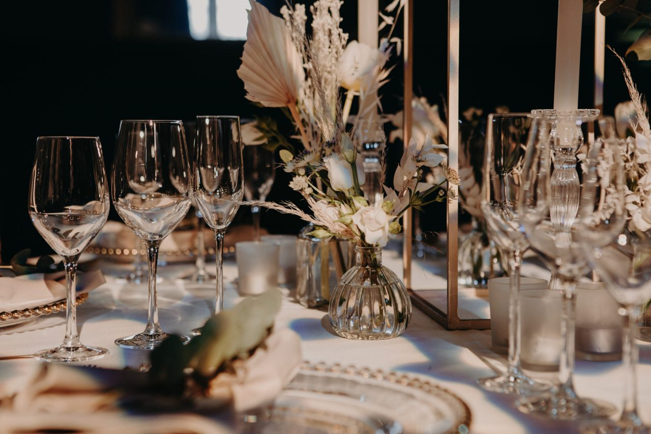 oxford-town-hall-events-glassware