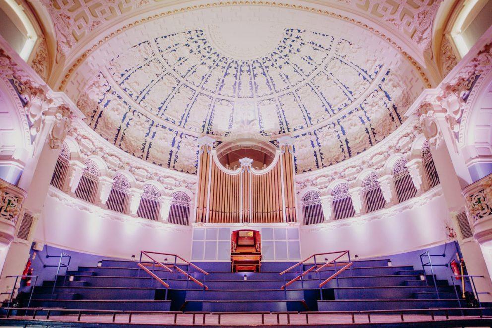 oxford-town-hall-history-main-hall