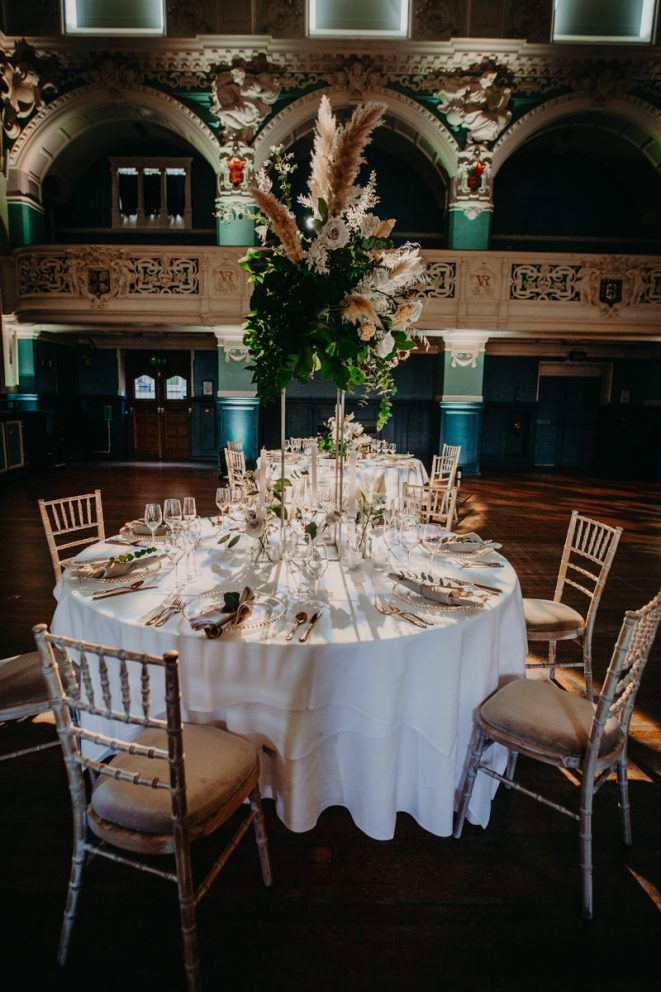 oxford-town-hall-main-hall-table-dressing