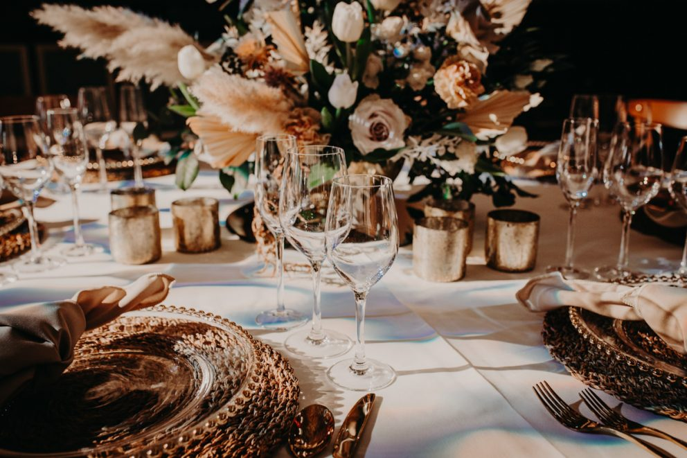 oxford-town-hall-wedding-table-food-drink